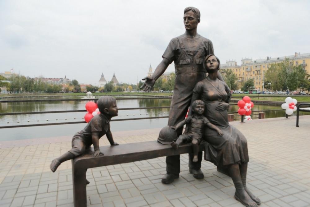 statue9