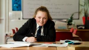 13-летняя британская школьница превзошла Эйнштейна и Хокинга по уровню IQ