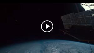Нереально крутое видео с борта МКС!