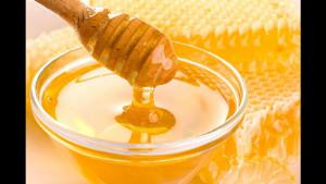 Эти лайфхаки помогут отличить натуральный мед от поддельного