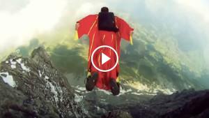 Затяжные прыжки со скалы в костюме-крыле! Экстрим!