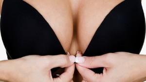 Топ 17 минусов большой груди! Красота требует жертв!