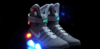 Фантастические кроссовки Nike MAG