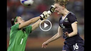Вот как забивают гол в женском футболе! Матч, в пух и прах разбивающий стереотип о мужском спорте.