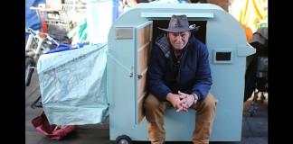 Маленькие домики на колёсах могут приютить бездомных
