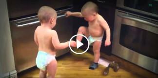 Как общаются близнецы